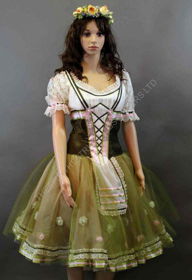 Il Muto ballet corps dress in green from The Phantom of the Oera.